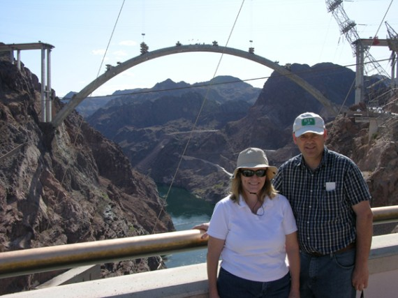 A couple of people you might recognize with the completed arch in the background
