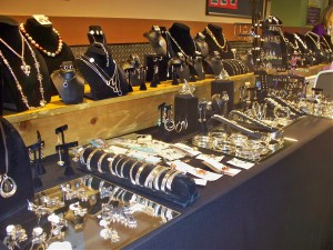 The larger the jewelry display, the longer the setup time.<br><em>Photo by Diane Taylor</em>