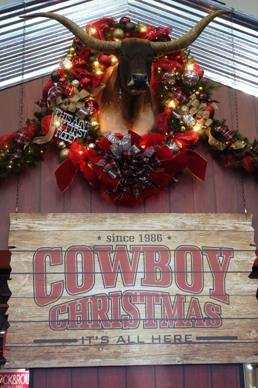 Ye Haw Cowboy Christmas Is Back Living Las Vegas