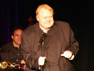 Vegas headliner Louie Anderson entertains the large crowd at Funny Bones charity event