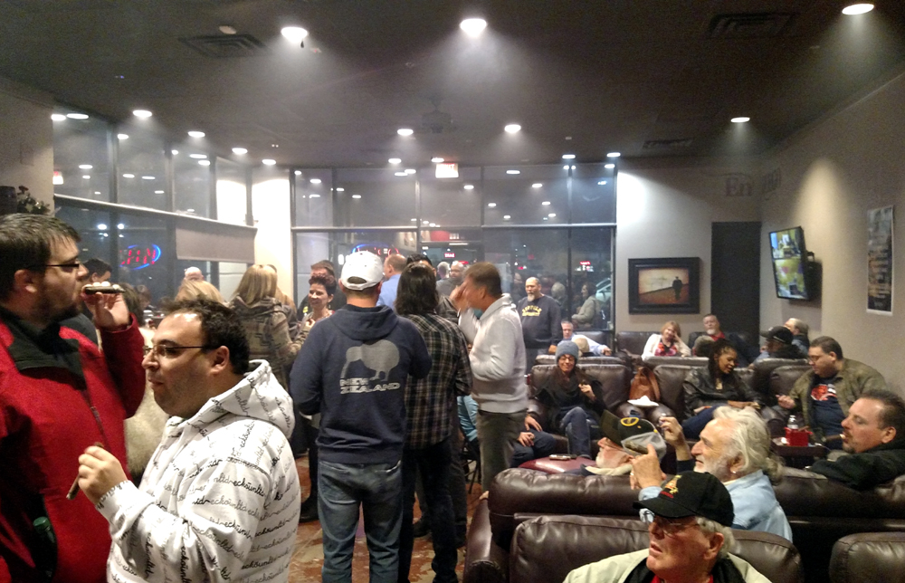 Grand Opening at En Fuego Cigars Henderson - Living Las Vegas