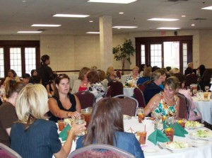 Attorneys chat at SNAWA luncheon