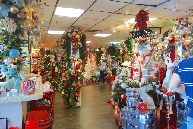 Celebrating the holidays...with trees! - Living Las Vegas
