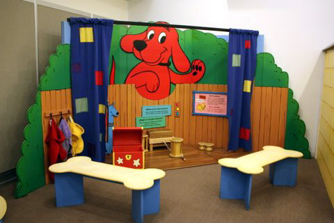 Clifford the Big Red Dog room