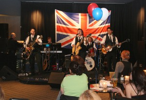 The Fab entertaining the UKLV group at Aurora