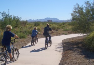 Family on bikes on the Duck Creek Trail